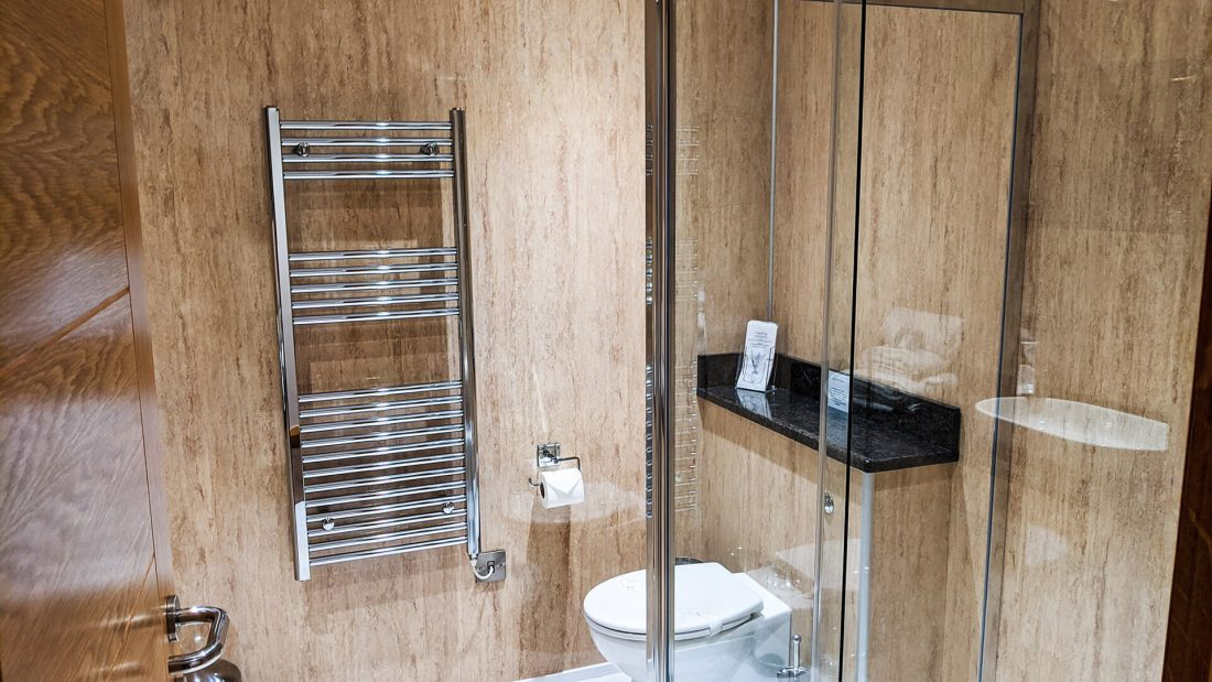 Riverside Country Club Shower Room